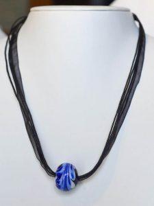 chatou-verre-vitrail-collier-b1