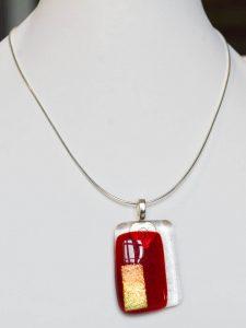 chatou-verre-vitrail-collier-b28